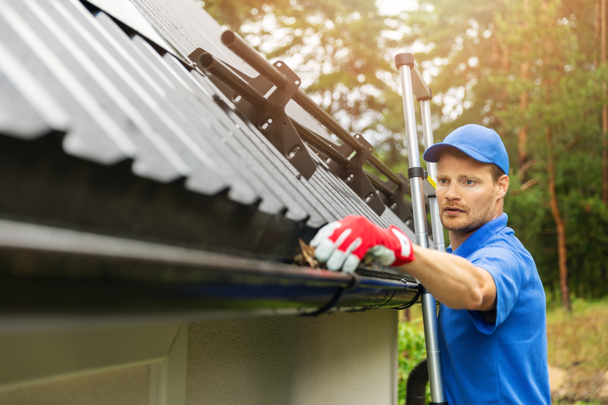 Roofing Gutter Cleaning